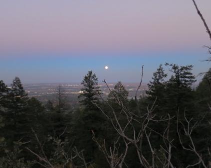 Traveling moon